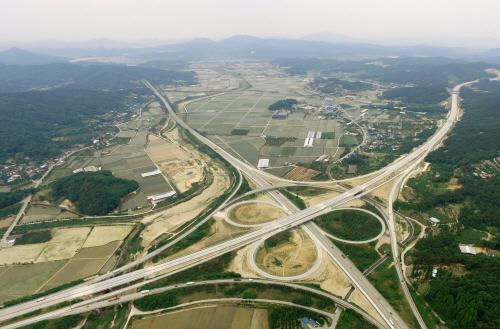 상주~영천 간 고속도로 28일 0시 개통. 도내 어디서든 신도청까지 1시 30분대 도착!